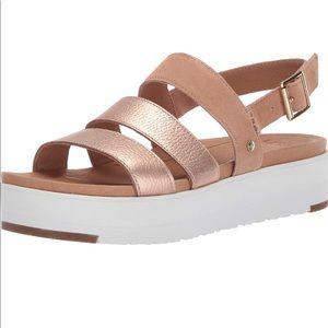 Uggs Braelynn Leather Flatform Sandals